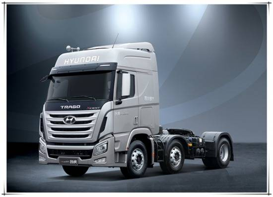 Hyundai Xcient Tractor Truck 6X2