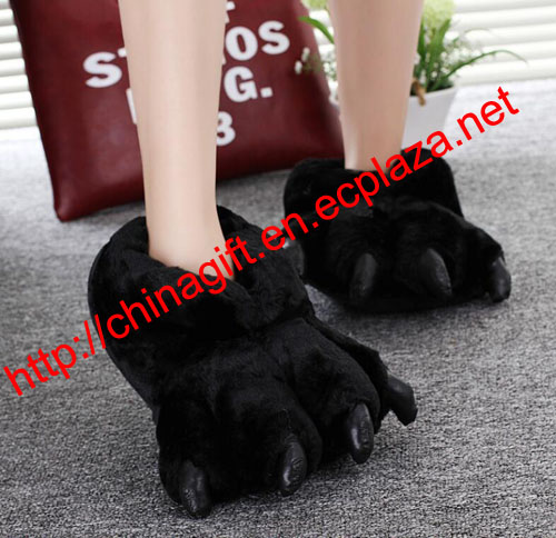 Women Men Novelty Personalized Fuzzy Bear Paw Fleece Animal Slippers