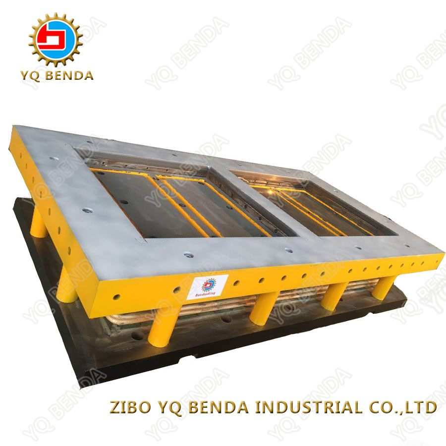 Steel with fine processed ceramic tile mould