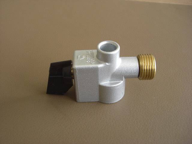 Gas compact coupling