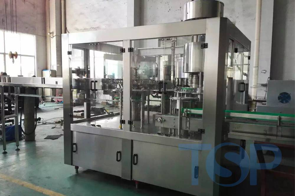 Automatic water bottle fillers/ bottled water factory setup/ filling equipment