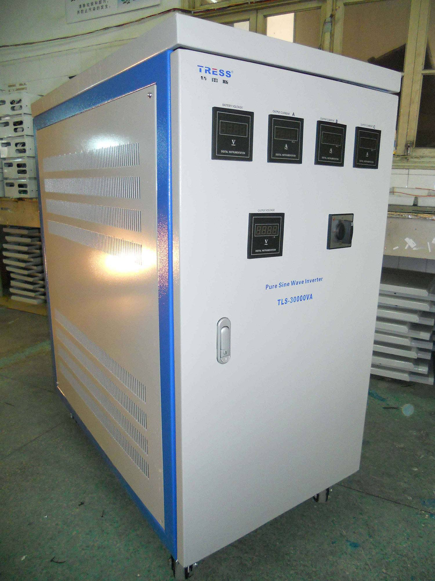 Three Phase Off Grid Solar Inverter 30KW
