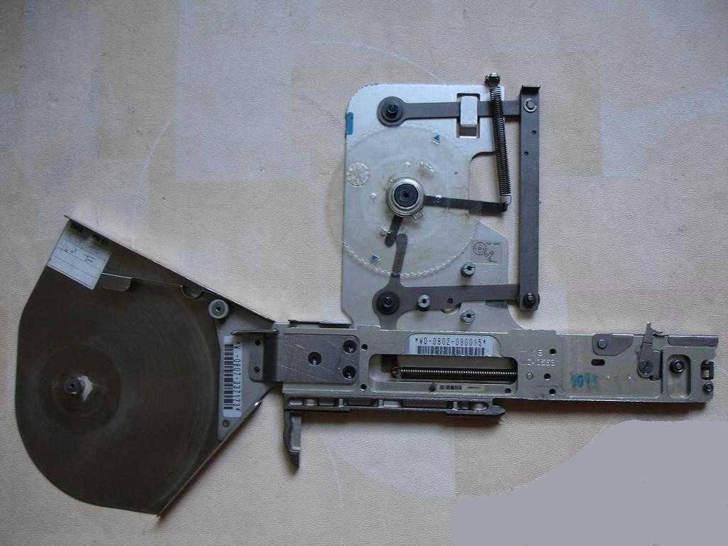 CP6 8 2 tape feeder ( original used ) 100 pieces for fuji machine