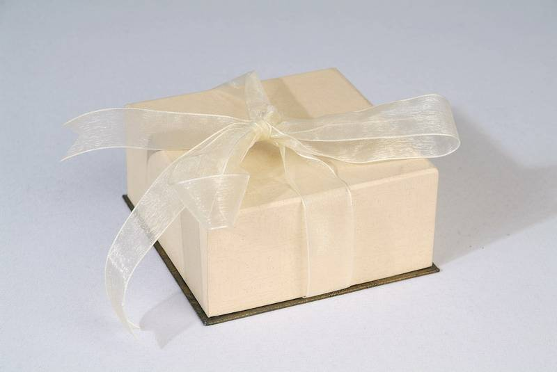 gifts packaging hard paper boxes