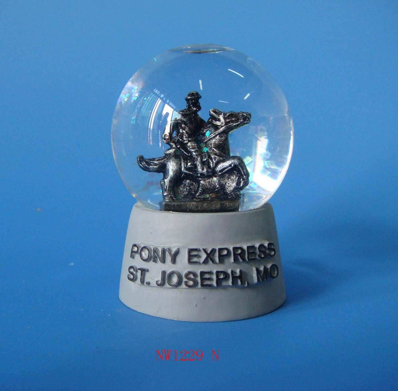 snow globe,water globe,resin snow globe