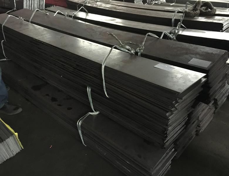 Stainless steel plates W.-Nr. 1.4153 ( DIN X80CrVMo13-2 )