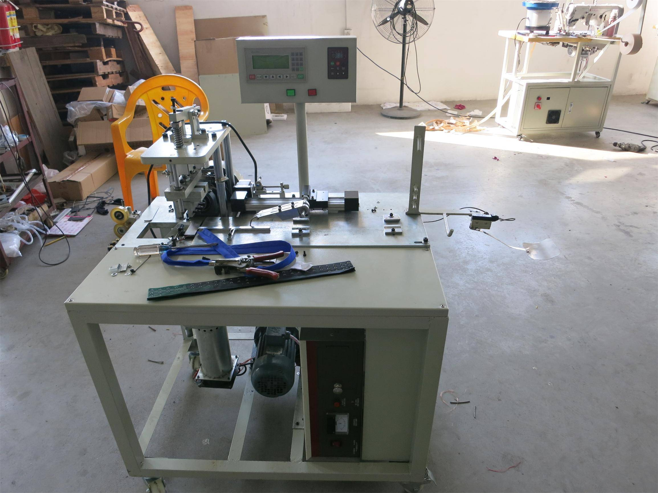 Electric Ultrasonic Hook and Eye Tape Cutting Machine, New Technique