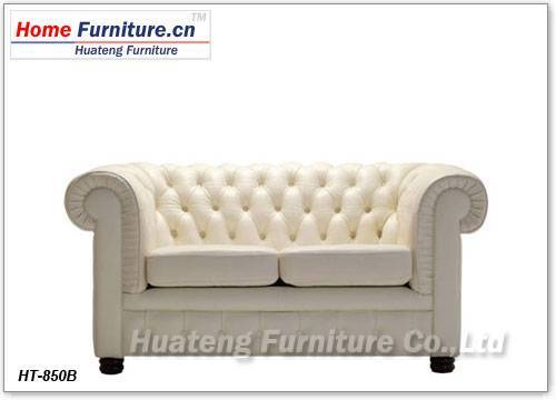 Chesterfield two-seat Sofa