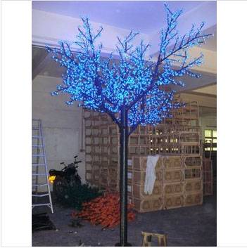Artificial Trees with Lights