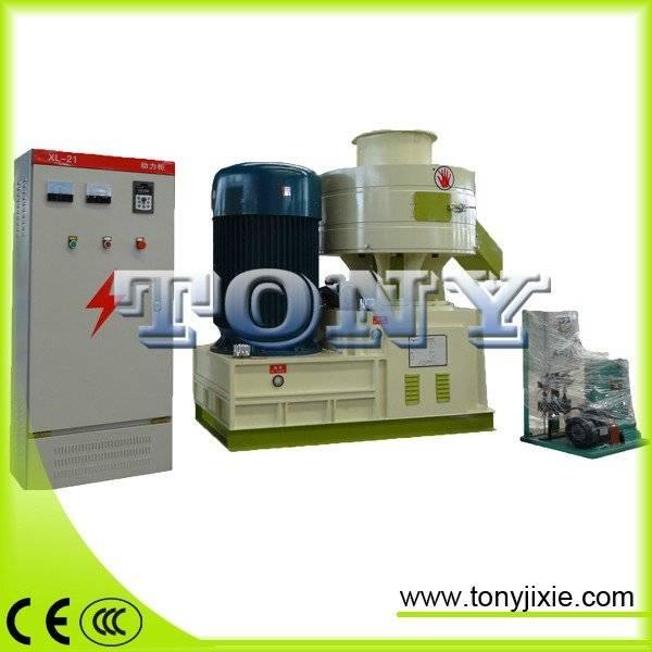 ring die roller wood sawdust pellet mill machine on sell with best price/wood pellet machine