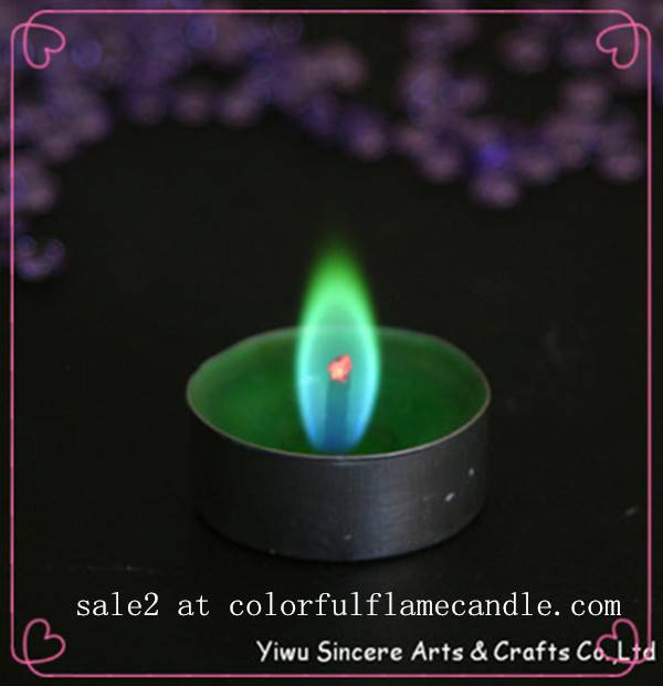 Colored flame candle with aluminum holder