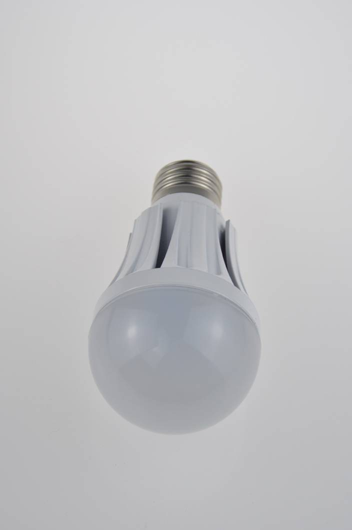 New design LED bulb light 3W-12W high quality with low price