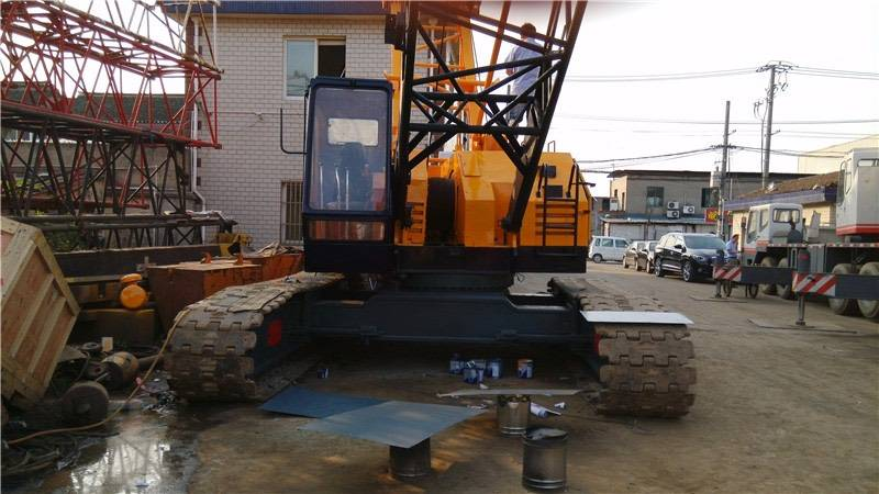 used kobelco 7055 crawler crane for sale in low price with high quality