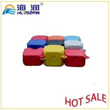 Safe and Stable Plastic Multifunction Small Cube Floating Pontoon From China