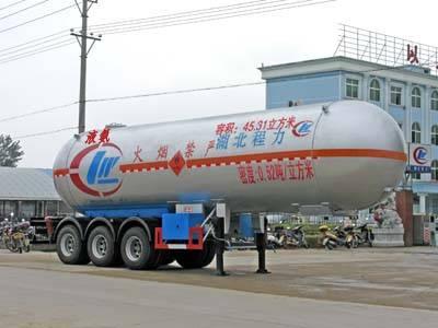 CLW 9403GYQ 47.6cbm 3 axle LPG tanker semi-trailer