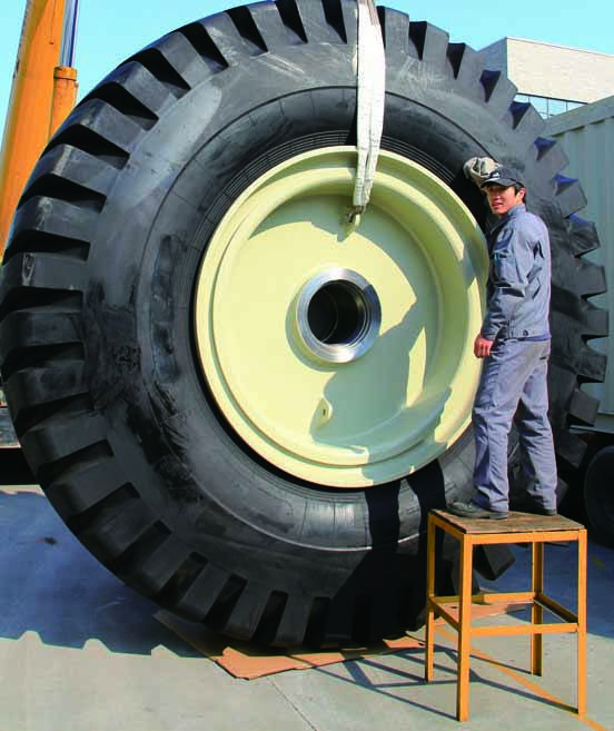 40.00-57 rig dolly Tire Tyre And 57-29.00 rig Rim Wheel Assembly