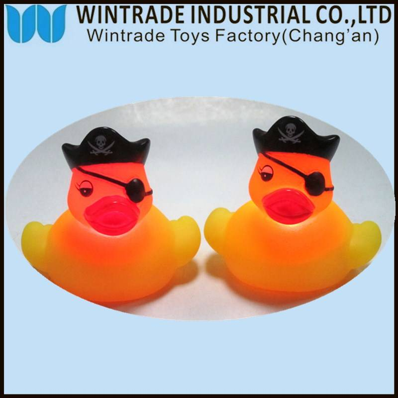 LED rubber bath duck toy floating in China