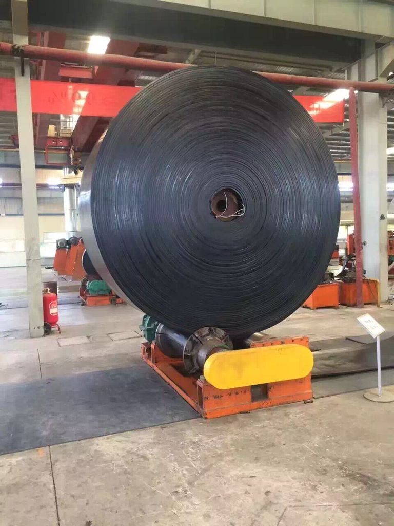 Causes of conveyor belt cracking and preventive measures