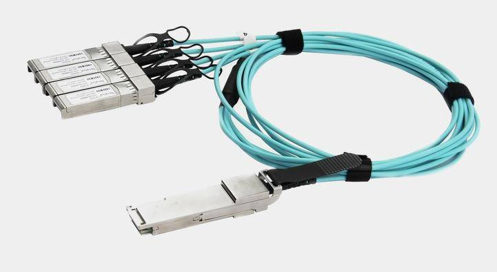 Active Optical Cable (AOC) for 40G QSFP+ to 4x 10G SFP+