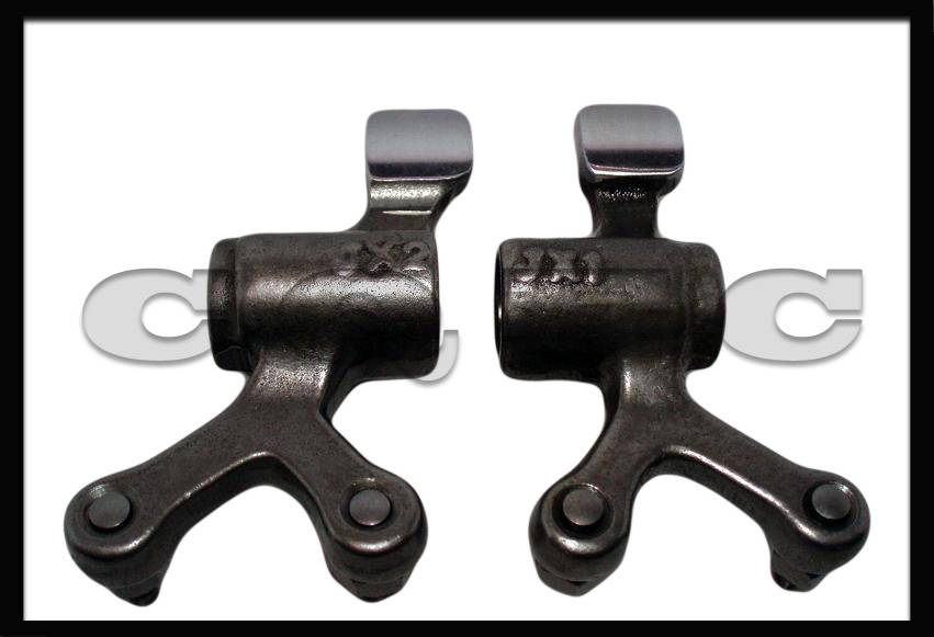 Four valves motorcycle rocker arm