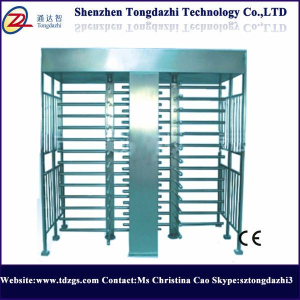 Outdoor/indoor full height turnstile for jails