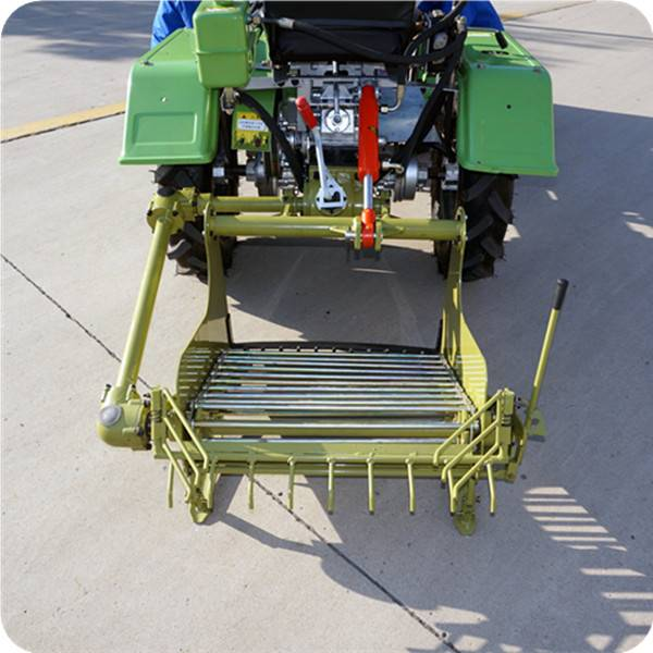 china factory tractor with potato harvester hot sale