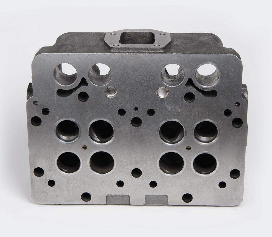 6D155 cylinder head