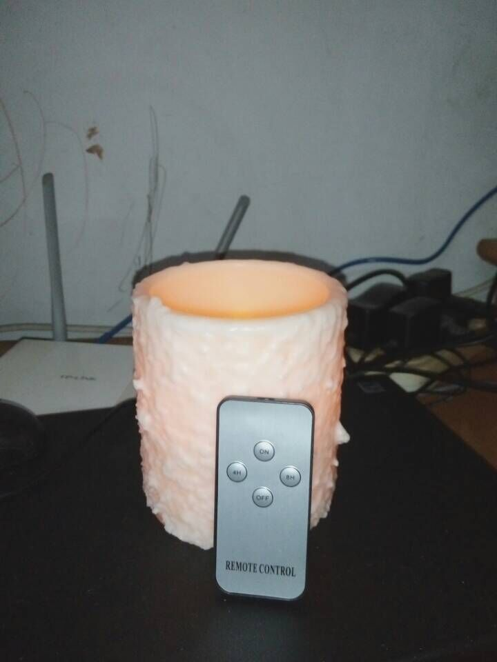 Cake candle with remote