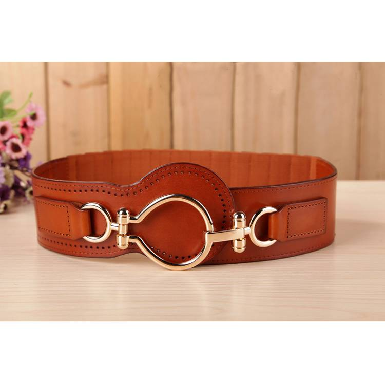 Women's wide leather belt with wide elastic