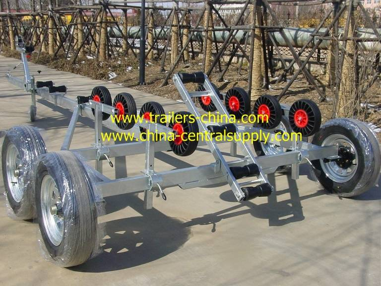 New-style tandem axle boat trailer