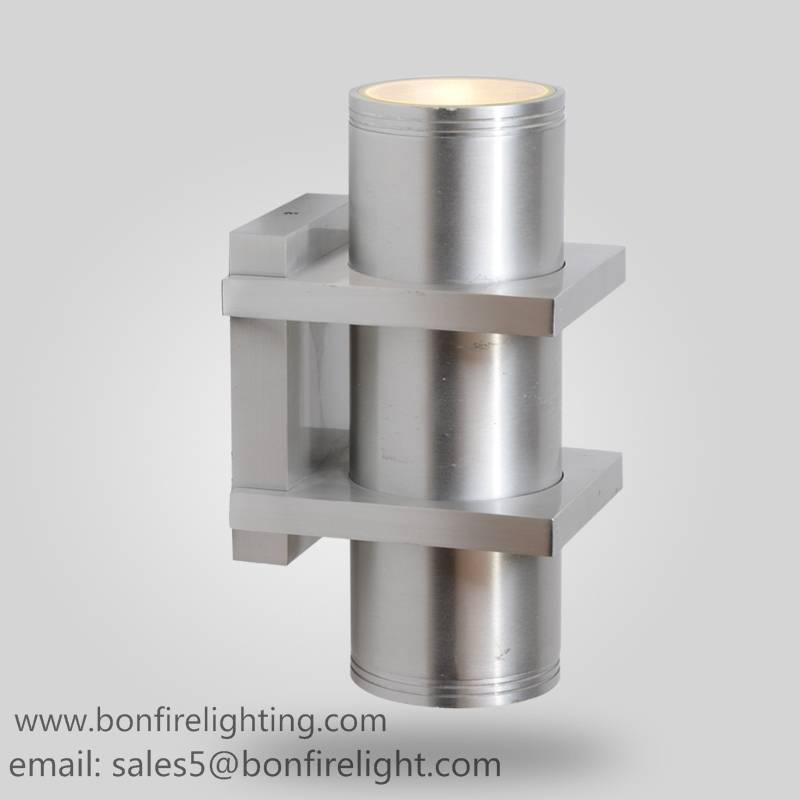 round wall light, up and down light, IP54, CE VDE SAA approved, aluminum housing with tempered glass