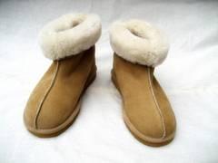 sheepskin snow boots