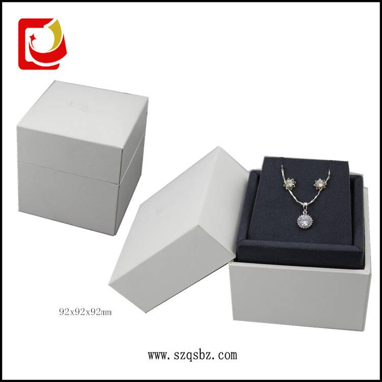 Jewelry Earing Box