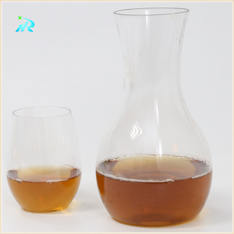 Food Grade Popular Wine Delivery Gift Wholesale Wine Decanter Portable Plastic Wine Decanters Carafe