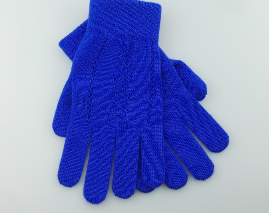 glove with pattern