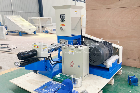 Floating fish feed pellet machine in Negeria