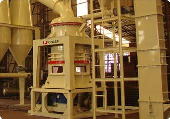 Whether is Hammer crusher easy to use? What are the features
