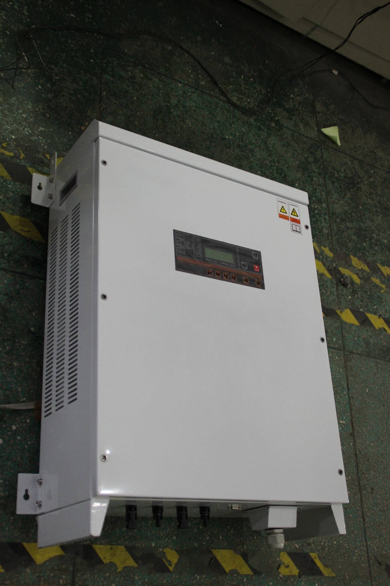 10kw 3 phase 220v 380v solar inverter