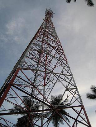 telecommunication lattice steel tower