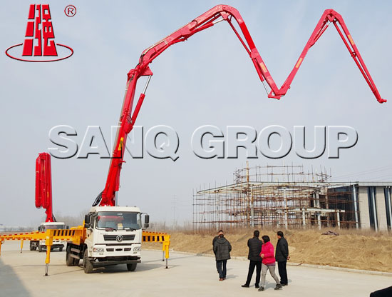 Truck-mounted Concrete Pump