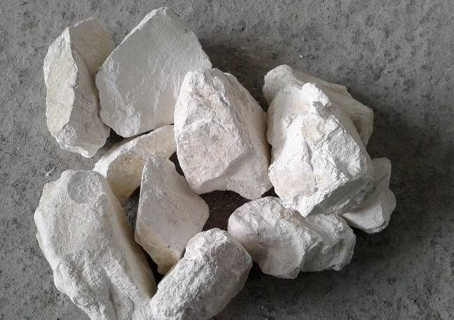 Calcium Hydroxide/slaked lime/ hydrated lime for medical, waste water treatment grade