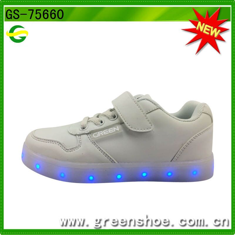 Good selling popular nice sneakers led shoes