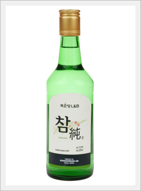 Korean Alcoholic Beverage ' Charm Soon Soju'