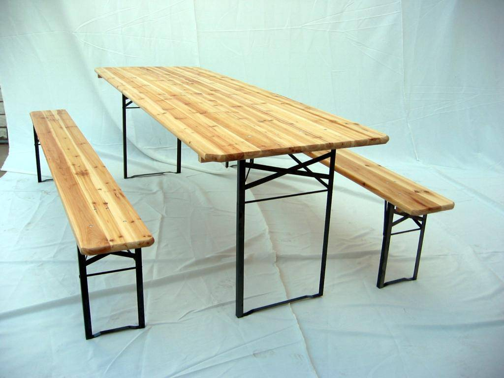 beer table and bench