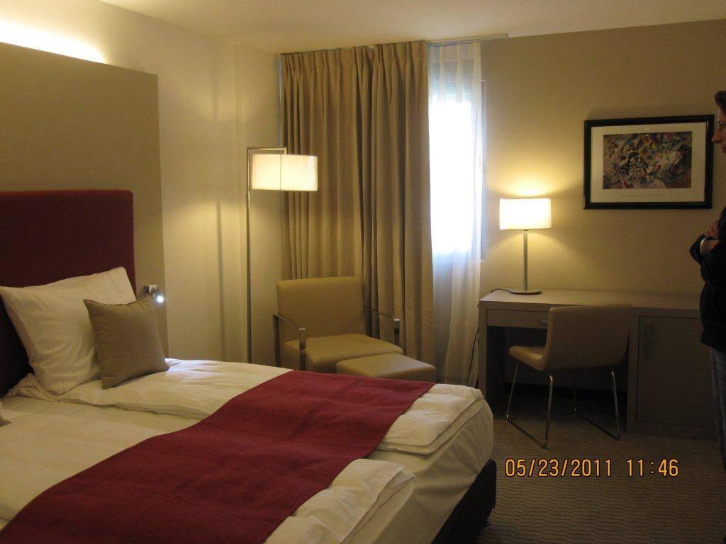 hotel guestroom furnitures