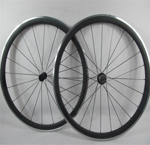 700C*50mm Carbon Road Bike Wheelset With Alloy Braking Surface Clincher