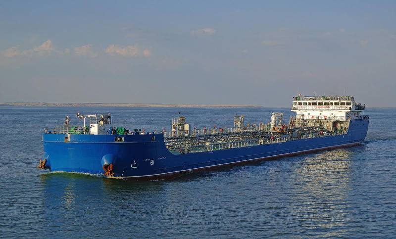 [TNK067] Ice-classed Oil-Chemical Sea-River tanker