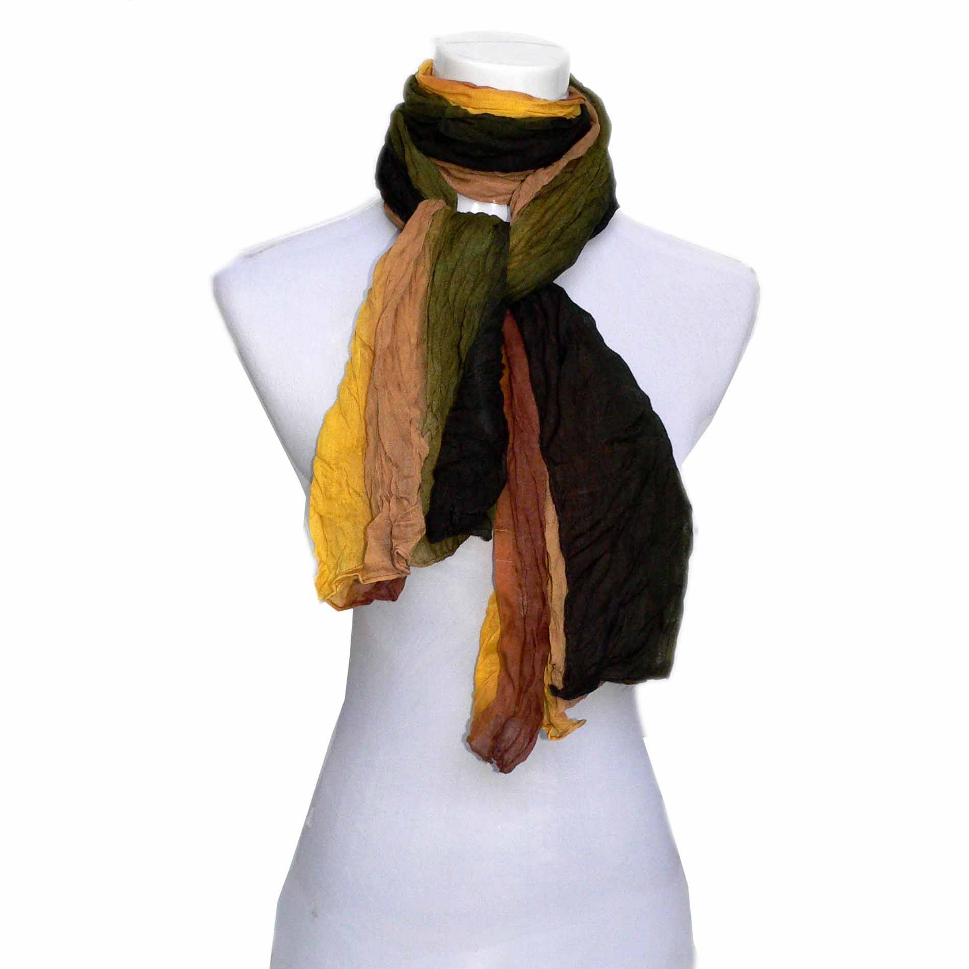 Tri-colors crinkled scarf