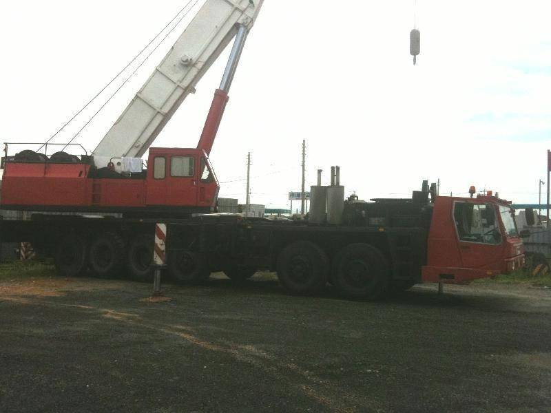 TG1500E / Tadano 150 ton truck crane