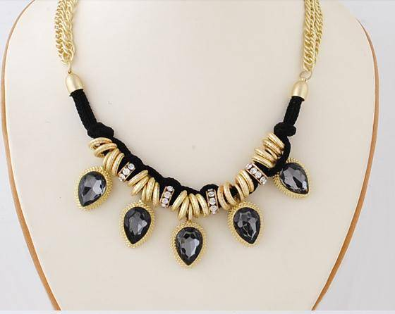 New arrival black rhinestone waterdrop pendant layered gold chains necklace